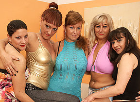 Five old and young lesbians party hard