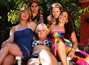 Five old and young lesbians go juicy and wild