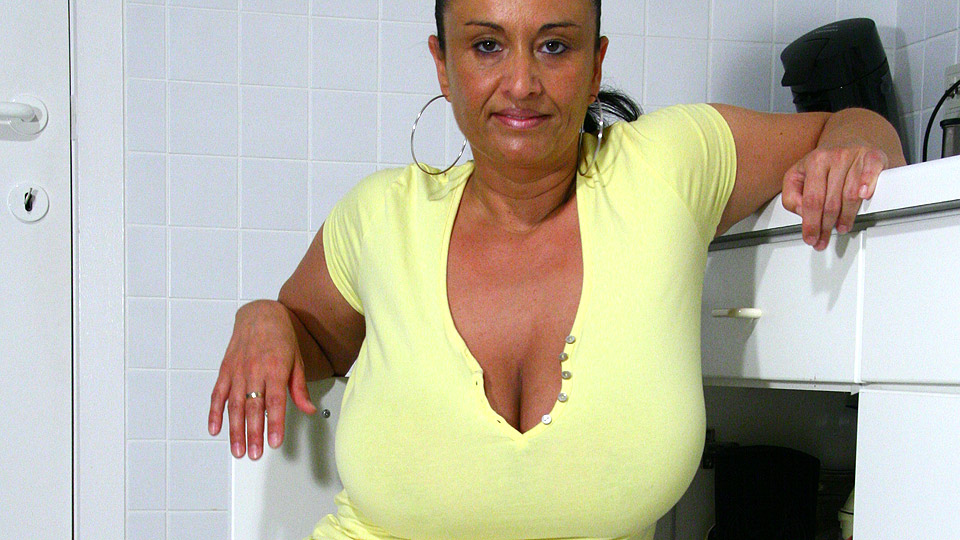 Big breasted milf 3