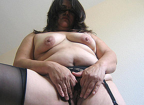 Get a taste of this BBW hairy mature pussy