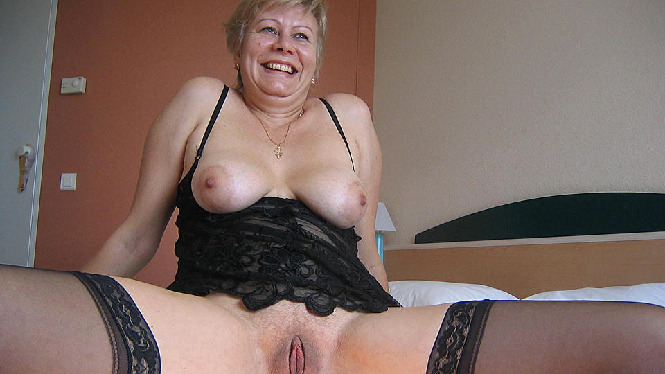 Free old slut video