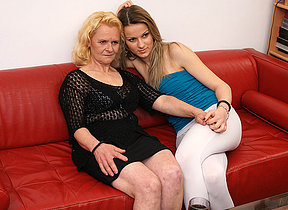 Two old and young lesbians get it on