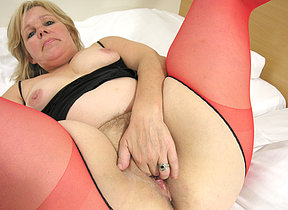 This full madam loves a hard throbbing dick
