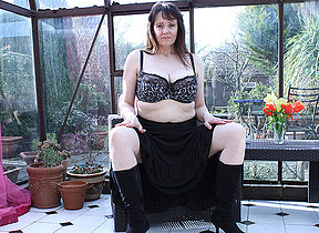 Big titted British housewife masturbating in her gardenhouse
