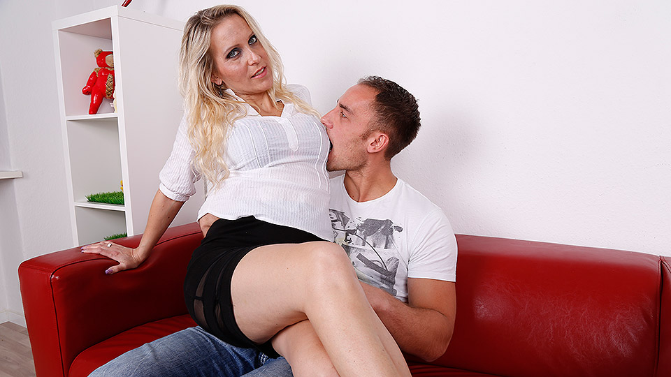 Mature german women sucking dicks