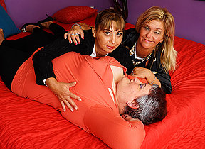Three horny mature ladies going full lesbian