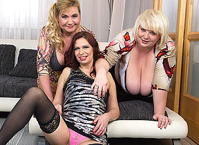 Three hostess fucking and sucking one guy