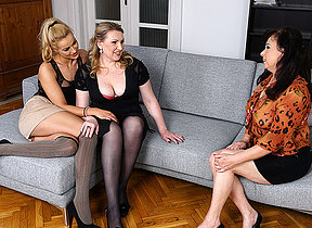 Hot cutie doing two lesbian ladies