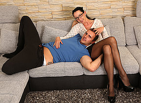 German housewife fucking and sucking on the sofa