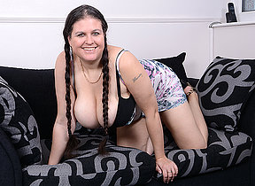 Big titted housewife Denise Davies loves playing alone