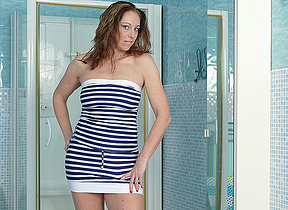 Hot missis Arty loves playing in the bathroom