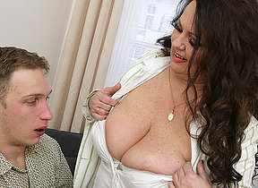 Curvy big breasted mature lady fucking her boyfriend